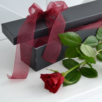 Delux Red Rose Gift Box