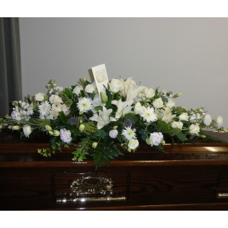 Casket Spray White 1